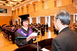 2009年度 文化ファッション大学院大学 学位記授与式