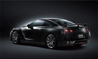 「NISSAN GT-R Premium edition 4WD」