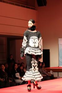 「トルコ・ファッションの世界」(トルコ共和国ユヌス・エムレ インスティトゥート主催)にてファッションショーを開催