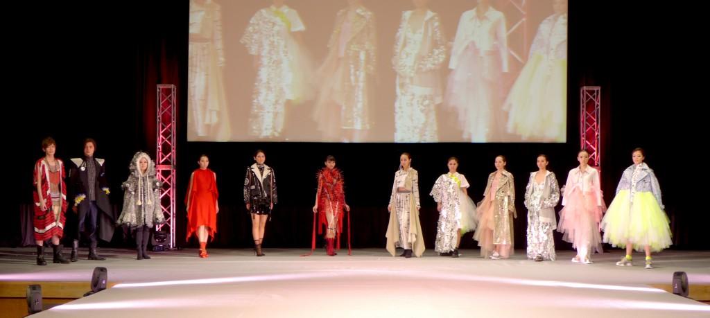ファッションデザインコースによるファッションショー