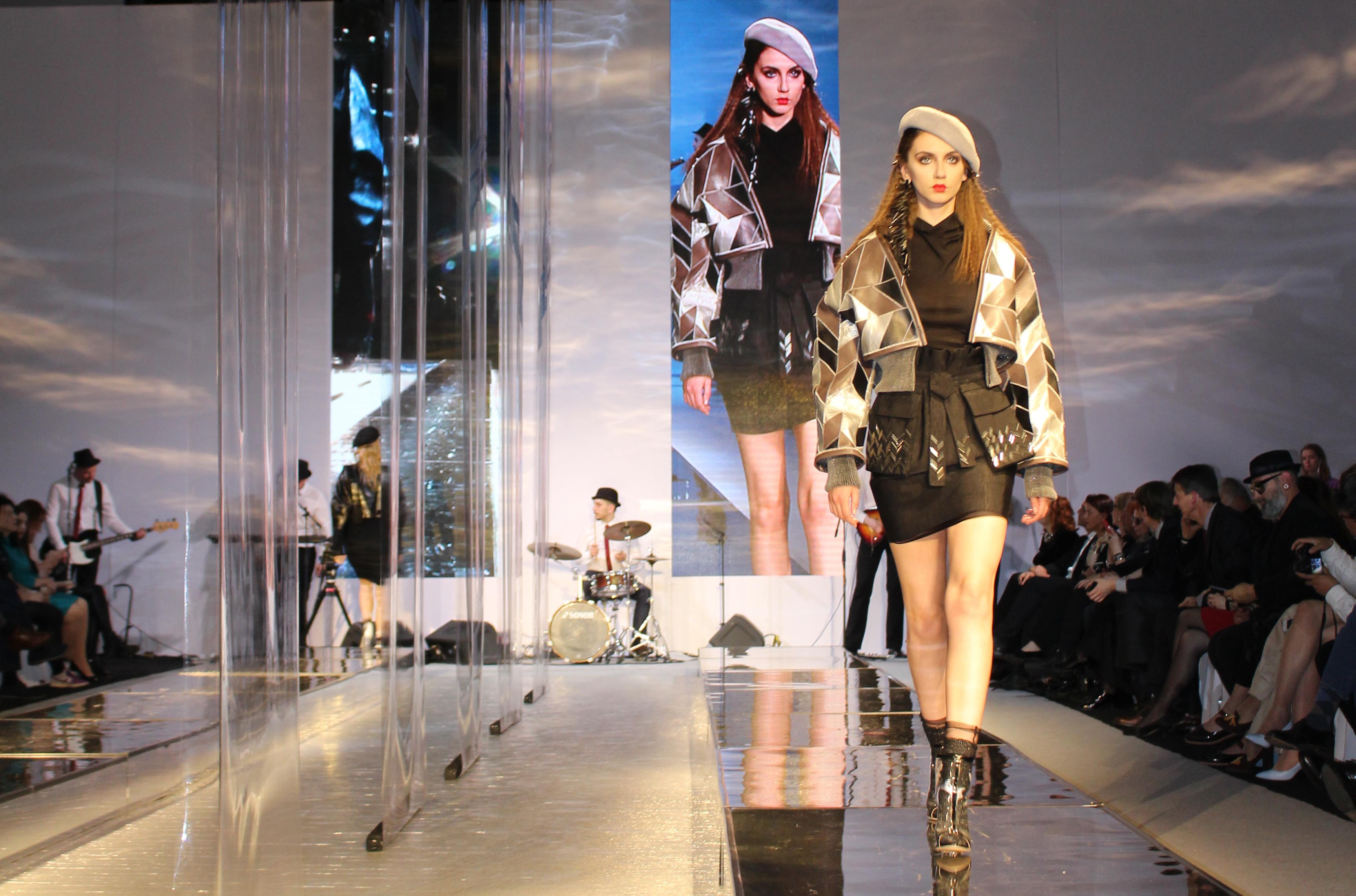 ロシア・サンクトペテルブルクのファッションコンテストで部門賞2位を受賞
